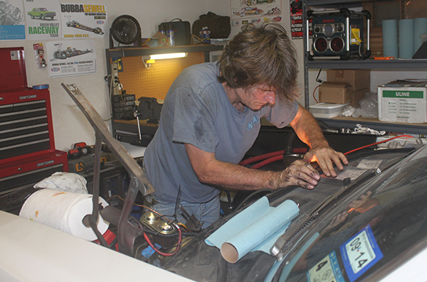 Cleaning stuff and preparing the engine bay. Growing my hair like Jim's… This makes me cool!